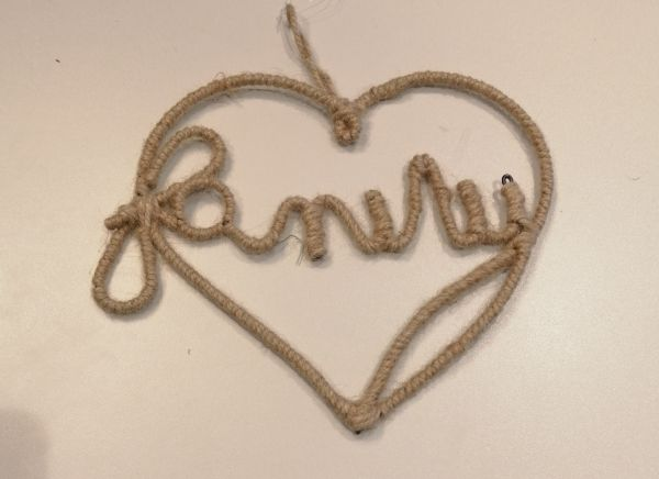 Hanging rope heart family 24x21cm